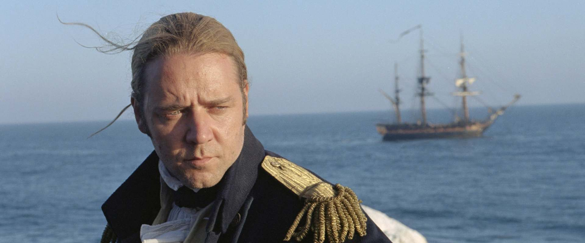 Master and Commander: The Far Side of the World background 2