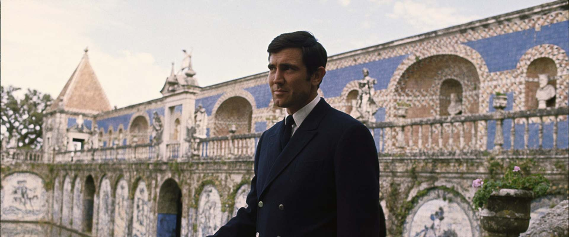On Her Majesty's Secret Service background 1