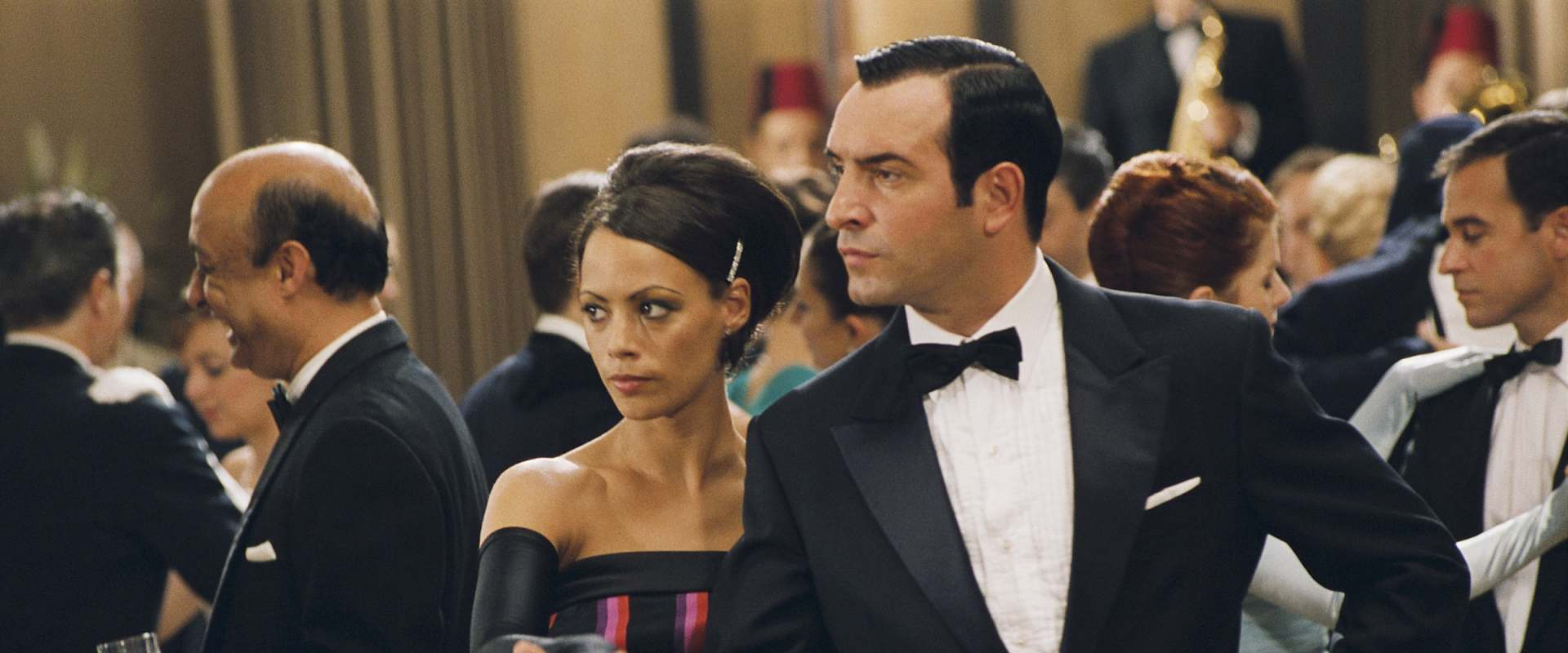 OSS 117: Cairo, Nest of Spies background 1