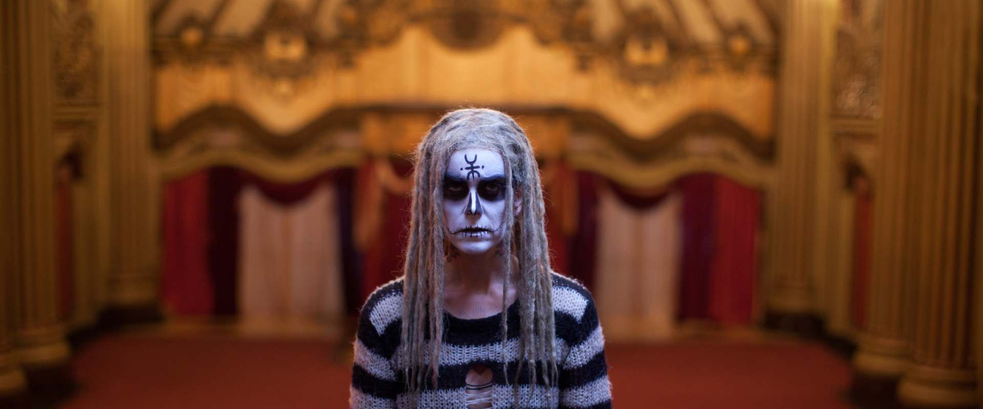 The Lords of Salem background 2
