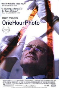 One Hour Photo Poster 1